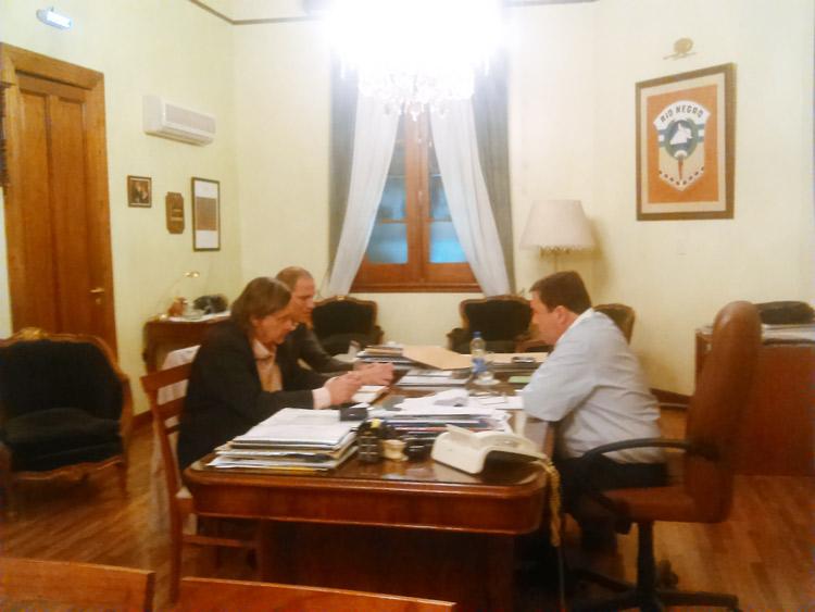 Johnston se reunió con Weretilneck en Viedma