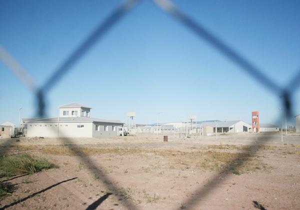 Frustran fuga masiva de la cárcel y secuestran un arsenal de facas