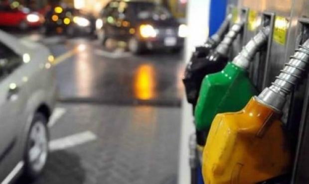La baja de la nafta se retrasa