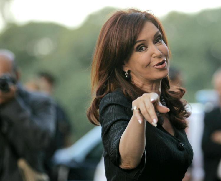 Que lo pague Macri: Cristina se va con 2 pagarés de $11.100 millones que vencen en marzo próximo